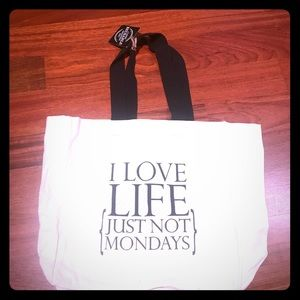 Handbags - 🌺🌟-Canvas Tote Love Life just Not Mondays NWT